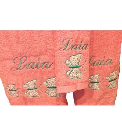 Juego de toallas personalizadas y con motivo