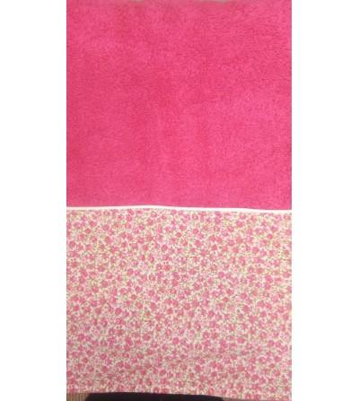 Toalla.tamaño ducha,con nombre y cenefa de tela de flores