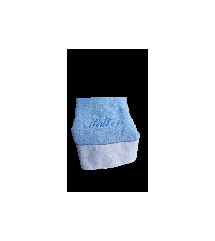 Toalla de ducha con nombre y cenefa de tela