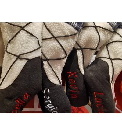 Conjunto-de-bota- TIPO-ALBARC-,con- el-nombre-bordado